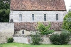 Ferme Saint-Rémy-l'Abbaye ou prieuré de Ronquerolles - Français:   Ferme Saint-Rémy-l\'Abbaye ou prieuré de Ronquerolles