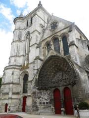 Eglise Saint-Etienne - English: Beauvais, St. Etienne, western front