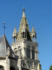 Eglise - Français:   Clocher.