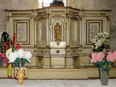 Eglise de la Sainte-Trinité -  Absidiole nord, retable et tabernacle.