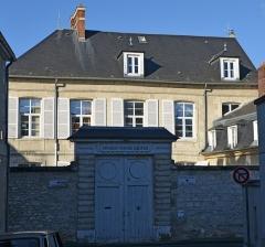 Ancien Hôtel d'Artois - Français:   Ancien hôtel d\'Artois à Compiègne, Oise, Picardie, France