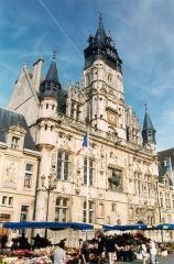 Hôtel de ville - Français:   Hôtel de ville de Compiègne, Oise, France