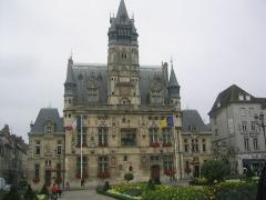 Hôtel de ville -  Compiègne, France: Hôtel de ville