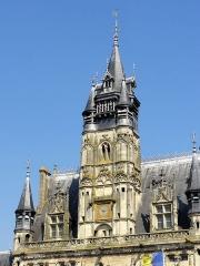 Hôtel de ville - Français:   Le beffroi.