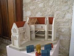 Ancien château Saint-Aubin - Français:   maquette du musée Château Saint-Aubin, Crépy-en-Valois