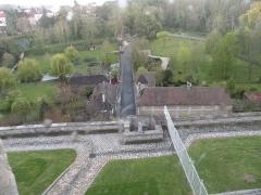 Ancien château Saint-Aubin - Français:   vue extérieur depuis la fenêtre du Château Saint-Aubin, Crépy-en-Valois