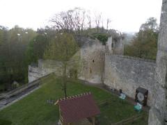 Ancien château Saint-Aubin - Français:   vue extérieur Château Saint-Aubin, Crépy-en-Valois