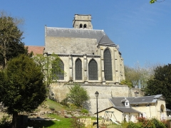 Eglise (ancienne église collégiale) -  Vue depuis le sud.