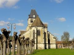 Eglise Notre-Dame de la Nativité - Français:   Vue depuis l\'est.
