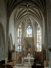 Eglise Notre-Dame de la Nativité - Français:   Le chœur.