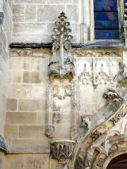 Eglise - Français:   Église Saint-Nicolas de Raray (voir titre).