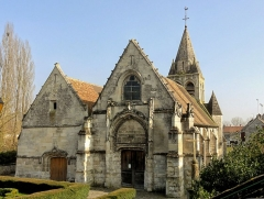 Eglise - Français:   Façade occidentale.