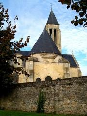Enceinte gallo-romaine - Français:   Ancienne abbaye Saint-Vincent, chœur de l\'église.