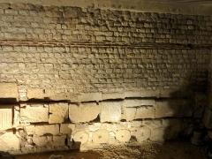 Enceinte gallo-romaine - Français:   Enceinte gallo-romaine.