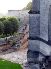 Eglise -  Coucy-le-Château (Aisne, France) - Eglise St-Sauveur dans la cité fortifiée.   .