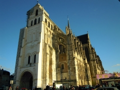 Ancienne collégiale Saint-Quentin - English: A Digital Photograph of St Quentin Basilica
