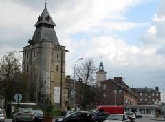 Hôtel de ville -  Abbeville (Somme, France) -  Le beffroi.  .