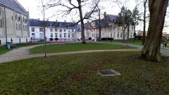 Ancien évéché - Français:   Palais de l\'évêché d\'Amiens 1
