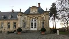 Ancien évéché - Français:   Palais de l\'évêché d\'Amiens 5