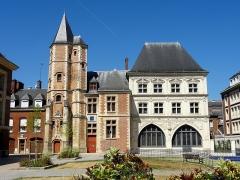 Maison du Sagittaire - Français:   Logis du Roi et maison du Sagittaire, square Jules-Bocquet.