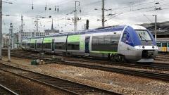 Ensemble architectural - B 82605/606 au départ d'Amiens