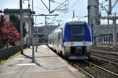 Ensemble architectural - B 82669/670 entre en gare d'Amiens