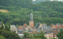Ancienne maison communale -  Doullens (Somme, France).   Vue panoramique sur le beffroi.
