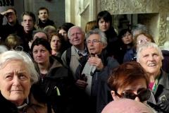 Eglise Saint-Jacques-le-Majeur et Saint-Jean-Baptiste - Français:   Pierre Michelin, ancien maire du village de Folleville, fait visiter l\'église Saint-Jacques-le-majeur à un groupe de visiteurs.