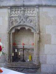 Eglise Saint-Jacques-le-Majeur et Saint-Jean-Baptiste - Français:   Folleville (Somme), église Saint-Jacques-le-Majeur et Saint-Jean-Baptiste, piscine