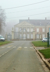 Château -  Hénencourt (Somme, France).   Le château.