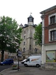 Beffroi -  Saint-Riquier (Somme, France) - Le beffroi.   Photo originale légèrement transformée (perspectives redressées).