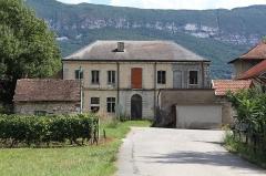 Château - Français:   Château d\'Anglefort.