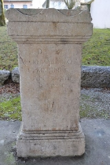 Evêché - English: Stone roman altar at Belley in France discovered in Anglefort.