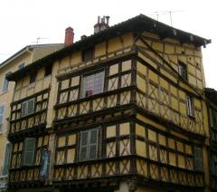 Maison de bois - English: Demeure Hugon.