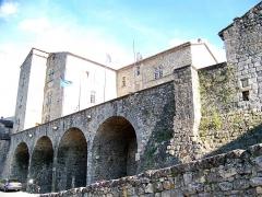 Château - Français:   Joyeuse dans le département français de l\'Ardèche: Château Ducal.