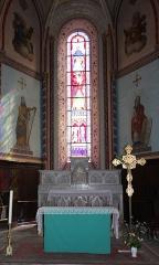 Eglise Notre-Dame-des-Pommiers - Français:   Autel de l\'église Notre-Dame-des-Pommiers XIIIe siècle de style gothique de Largentière en Ardèche