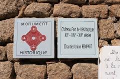Château de Ventadour (restes) - Čeština: Označení památky - hrad Château de Ventadour, Francie