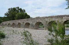 Pont romain franchissant l'Escoutay -  Pont romain de Viviers, 2nd century AD Roman bridge crossing the river Escoutay, France