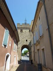 Porte fortifiée - Français:   Porte fortifiée, Beaumont-lès-Valence