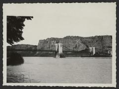 Pont dit du Robinet sur le Rhône - English: 1191 - LEFT