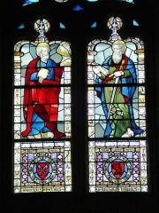 Prieuré -  double vitrail Saint Pierre et Saint Paul (visages du XVIème siècle) du prieuré de Manthes dans la Drôme