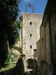 Beffroi - Français:   Montbrun-les-Bains (Drôme, France). Beffroi.