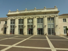 Gare - English: Valence Station