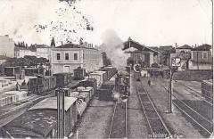 Gare - Français:   carte postale ancienne sans mention d\'éditeur, n°19: VALENCE - La Gare