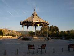 Kiosque Peynet - Français:   Kiosque Peynet (Valence).