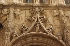 Maison des Têtes - Deutsch:   Maison des Têtes in Valence
