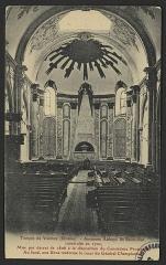 Ancienne abbaye de Saint-Ruf le Haut - English: CA 1910; Ancienne Abbaye de Saint-Ruf, construite en 1702, Mise par décret de 1906 à la disposition du Consistoire Protestant. Au fond, une Urne renFerme le cœur du Général Chapionnet.