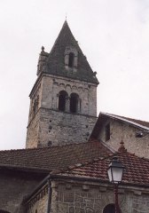 Eglise - English: Bell tower (XIe century) of the church Saint-Pierre. Town : Saint Pierre d'Allevard, Isère, France