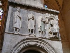 Eglise Saint-Maurice, anciennement cathédrale -  Groupe sculpté des Rois Mages devant Hérode. Cathédrale de Vienne. Janvier 2007.
