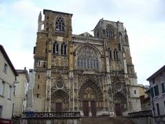 Eglise Saint-Maurice, anciennement cathédrale - Cathédrale Saint-Maurice, Vienne (Isère), France   -   02/01/2006 - Photo Arnaud-Victor Monteux